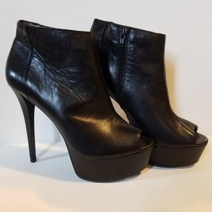 Gianni Bini Boot Heels 9.5